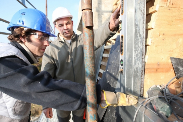 Record numbers starting construction apprenticeships